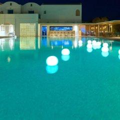 Kamari Beach Hotel бассейн
