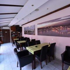 Отель Prenociste Stojic Novi Sad Нови Сад гостиничный бар