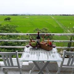 Отель Truong Thinh Homestay Хойан балкон