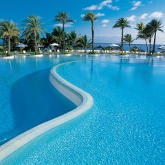 Отель LUX* Belle Mare бассейн фото 2