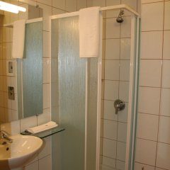 Отель Арте Отель Болгария, София - 1 отзыв об отеле, цены и фото номеров - забронировать отель Арте Отель онлайн ванная фото 2