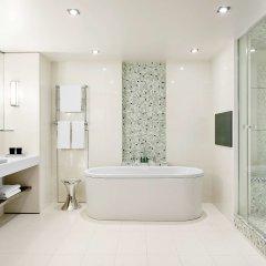 Отель Sofitel Paris Arc De Triomphe Франция, Париж - отзывы, цены и фото номеров - забронировать отель Sofitel Paris Arc De Triomphe онлайн ванная