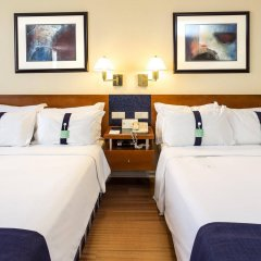 Отель Holiday Inn Lisbon комната для гостей фото 4