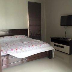 Отель Buabaan Villa by Kalayanuwat сейф в номере