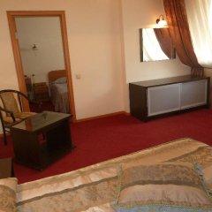 Гостиница Колибри Стандартный номер с двуспальной кроватью фото 14