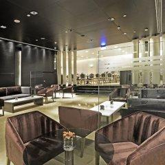 Отель The Boulevard Arjaan by Rotana гостиничный бар
