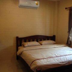 Отель Benwadee Resort сейф в номере