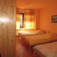Отель Guest House Daskalov Боженци комната для гостей