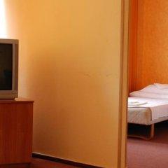 Отель Ośrodek Sportowo-Wypoczynkowy OPO удобства в номере