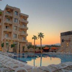 Отель Ramada Resort Dead Sea Иордания, Ма-Ин - 1 отзыв об отеле, цены и фото номеров - забронировать отель Ramada Resort Dead Sea онлайн бассейн фото 3