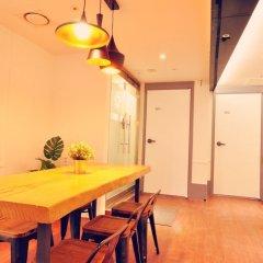 Air Hostel Myeongdong Сеул в номере фото 2