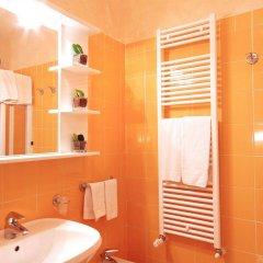 Отель Promessi Sposi Италия, Мальграте - отзывы, цены и фото номеров - забронировать отель Promessi Sposi онлайн ванная фото 2