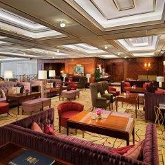 Отель Breidenbacher Hof, a Capella Hotel Германия, Дюссельдорф - 7 отзывов об отеле, цены и фото номеров - забронировать отель Breidenbacher Hof, a Capella Hotel онлайн питание фото 2