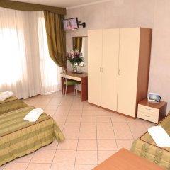 Отель San Siro Fiera Италия, Милан - отзывы, цены и фото номеров - забронировать отель San Siro Fiera онлайн комната для гостей