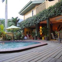 Отель Aparthotel La Cordillera бассейн