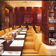 Отель SoHo Metropolitan Hotel Канада, Торонто - отзывы, цены и фото номеров - забронировать отель SoHo Metropolitan Hotel онлайн интерьер отеля