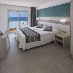 Отель 4R Miramar Calafell комната для гостей фото 3