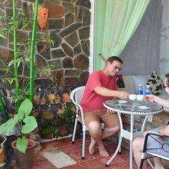 Отель Ideal Hotel Hue Вьетнам, Хюэ - отзывы, цены и фото номеров - забронировать отель Ideal Hotel Hue онлайн питание фото 2