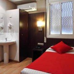 Отель Hostal Bcn Port Испания, Барселона - 3 отзыва об отеле, цены и фото номеров - забронировать отель Hostal Bcn Port онлайн комната для гостей фото 5