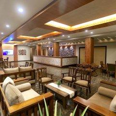 Отель Kaani Grand Seaview гостиничный бар