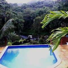 The blue Lagoon Hostel & Private Rooms бассейн