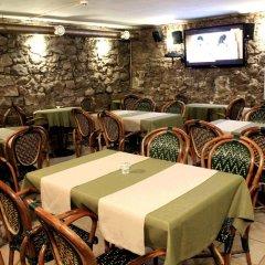 Hotel Monte-Kristo гостиничный бар