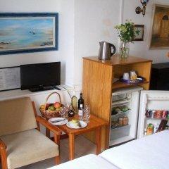 Kiniras Traditional Hotel & Restaurant удобства в номере