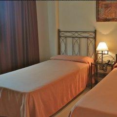 Отель Ronda 4 - Aire del Mar Mediterraneo Испания, Фуэнхирола - отзывы, цены и фото номеров - забронировать отель Ronda 4 - Aire del Mar Mediterraneo онлайн комната для гостей фото 4