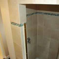 Отель Cambie Lodge B&B Канада, Ванкувер - отзывы, цены и фото номеров - забронировать отель Cambie Lodge B&B онлайн ванная