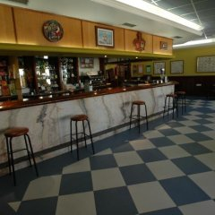 Отель Campomar De Isla Арнуэро гостиничный бар