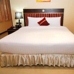 Отель Lucky Palace Бангкок комната для гостей фото 3