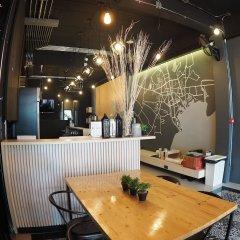 Отель Box Poshtel Phuket Таиланд, Пхукет - отзывы, цены и фото номеров - забронировать отель Box Poshtel Phuket онлайн питание фото 3
