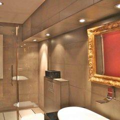Отель Aptos Alcam Alio Барселона ванная