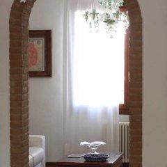 Отель Villa Strepitosa B&B Италия, Региональный парк Colli Euganei - отзывы, цены и фото номеров - забронировать отель Villa Strepitosa B&B онлайн удобства в номере фото 2