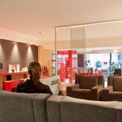 Отель Aparthotel Atenea Calabria Испания, Барселона - 12 отзывов об отеле, цены и фото номеров - забронировать отель Aparthotel Atenea Calabria онлайн гостиничный бар