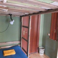 Гостиница Breaking Bed комната для гостей фото 4