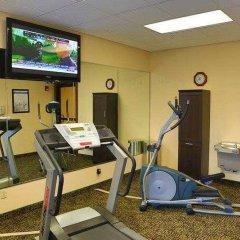Отель Country Inn & Suites by Radisson, Midway, FL фитнесс-зал фото 3