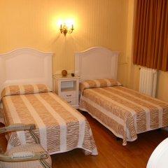 Отель Hostal Montecarlo комната для гостей фото 5