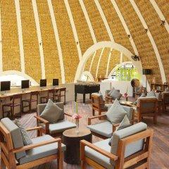 Отель Holiday Inn Resort Kandooma Maldives интерьер отеля фото 3