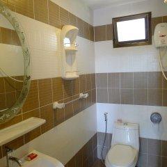 Отель Natural Mystic Patong Residence ванная