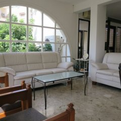 Отель Sea 'n Lake View Hotel Apartments Кипр, Ларнака - 1 отзыв об отеле, цены и фото номеров - забронировать отель Sea 'n Lake View Hotel Apartments онлайн интерьер отеля фото 2