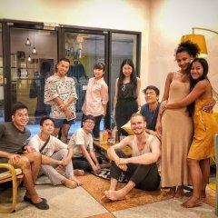 The Sibling Hostel Бангкок детские мероприятия фото 2