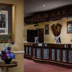 Отель Henry VIII интерьер отеля фото 3