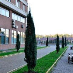 Отель Diplomat Aparthotel Киев приотельная территория