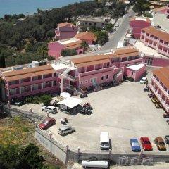 Отель The Pink Palace Корфу парковка