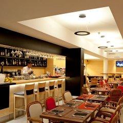 Hotel da Musica гостиничный бар