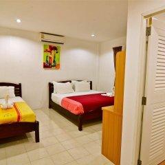 Squareone - Hostel сейф в номере