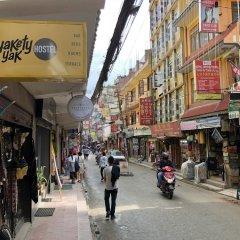 Отель Yakety Yak Hostel Непал, Катманду - отзывы, цены и фото номеров - забронировать отель Yakety Yak Hostel онлайн городской автобус