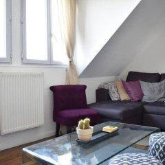 Апартаменты 1 Bedroom Apartment With Amazing Views in Paris комната для гостей фото 4