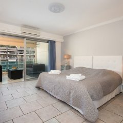 Отель Steva Rentals - Vue Mer - 100m Croisette et Plages комната для гостей фото 2